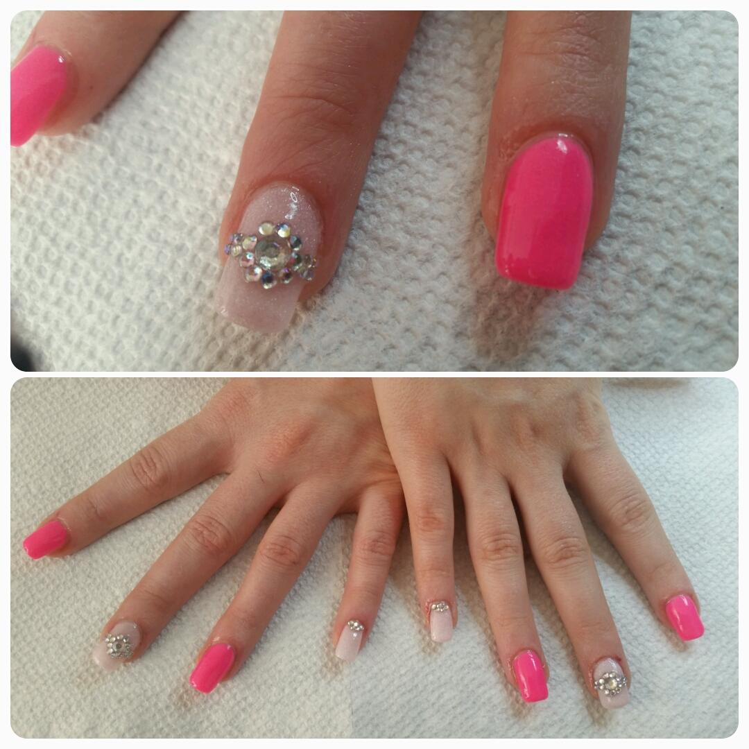 ongles resine et poudre rose design
